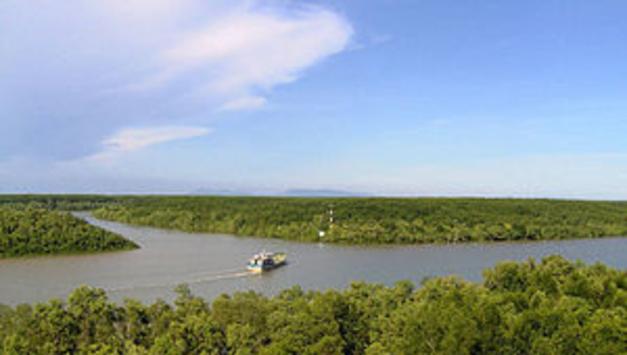 호치민시 껀저에 컨테이너선 입항 가능한 항구 건설